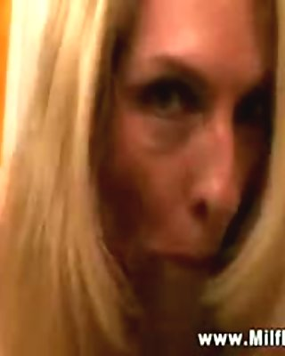 Cougar mom housewife giving blowjob