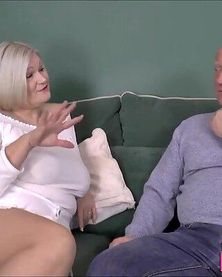 Chubby british granny sucks dick