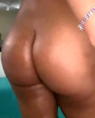 Latinas Like Rose Monroe Have Huge Asses Made For Anal! (ap11863)