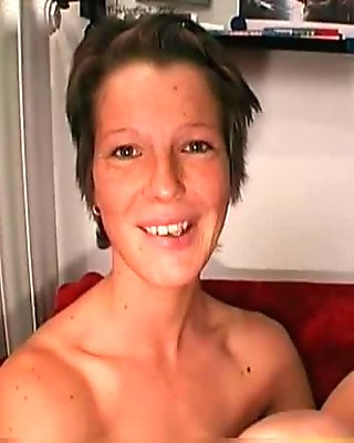 Blonde slut loves swallowing several