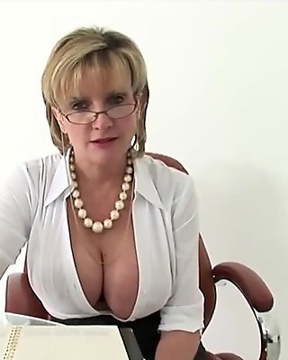 Adulterous english mature lady sonia presents her huge melons