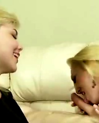 Amateur blonde hoes suck dick