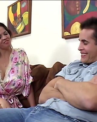 hot milf showing her skills movie video 1