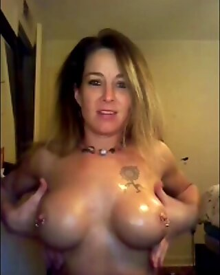 Oily Tits Shannon Dubois Camshow