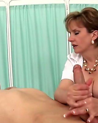 Unfaithful english mature lady sonia presents her large puppies