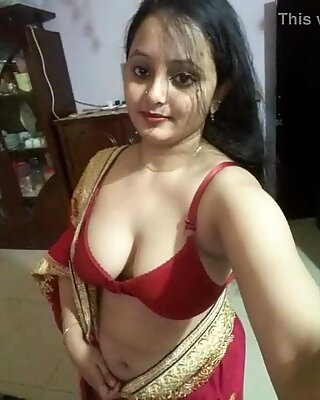 Hot Indian house wives and girlfriends pics