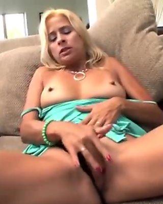 Mature Payton Leigh hardcore pussy bang