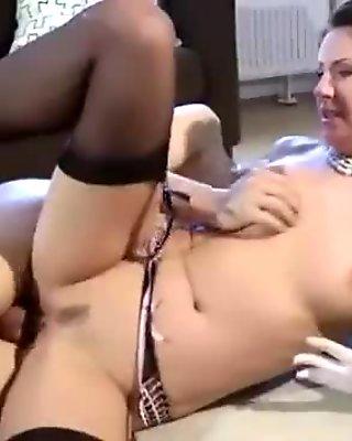 Hungry fuck slut takes amateur