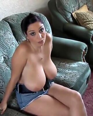 busty girl in down blouse topless video shows her rack