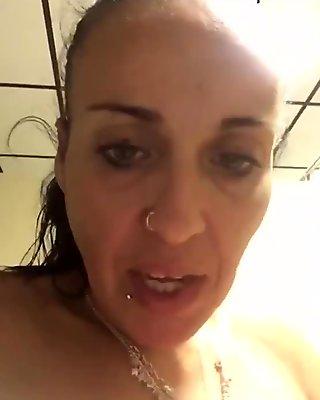 mature mom 2