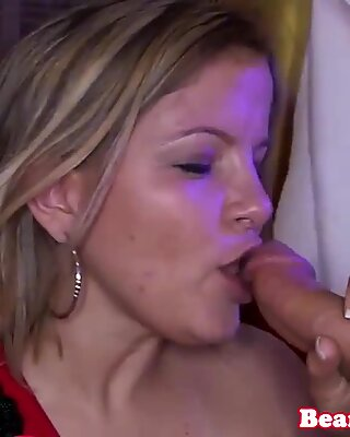 Amateur babes munching on stripper cock