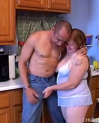 Super cute chubby sandy-haired enjoying a bang and a facial