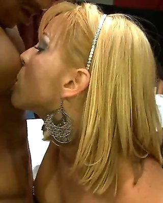 Big ass bombshell gives a blowjob in POV