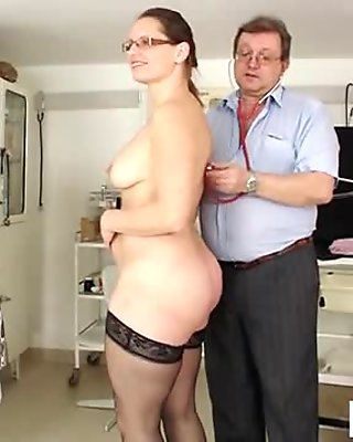 Hot mature fetish with cumshot