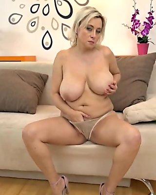 (3) 40s Mature and juicy big tits