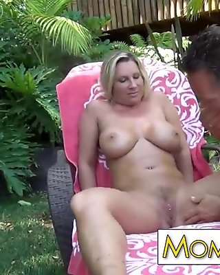 Devon Lee,  busty blonde fucking and gets cumshoot