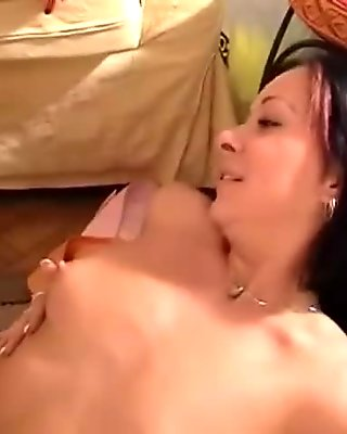 Lezzie girlfriends trying double toy clip