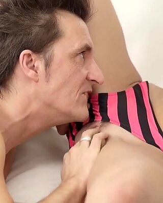 Brunette granny creampie and gorgeous teases sexy ass on cam Tender Sex in Jacuzzi