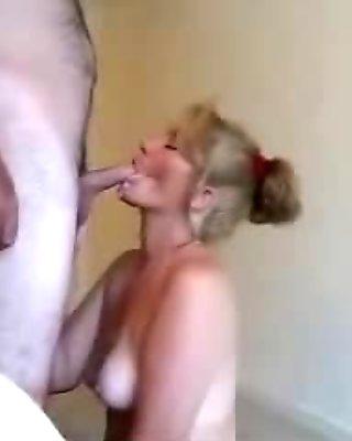 Busty mumsy mama sucking and swallowing husband