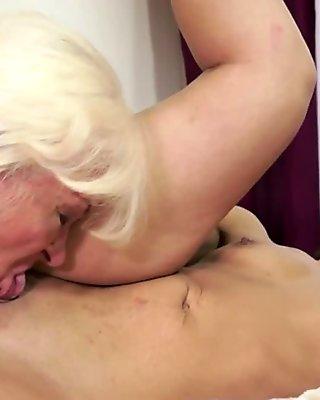 Granny pussylicking smalltit babe