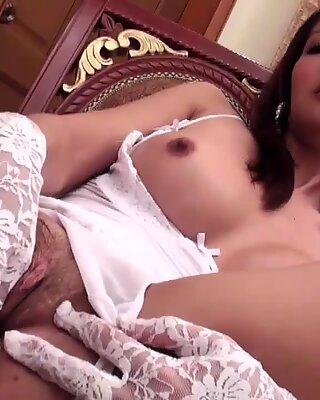 Post-Op Ladyboy Nam Plugs Her Cunt