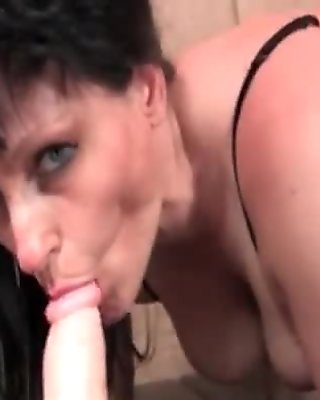 Horny brunette mature woman