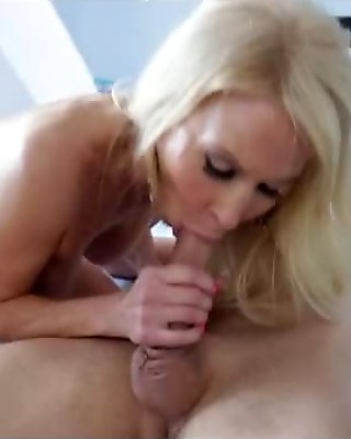 Lauren is ready to fuck this guy from vintage porn