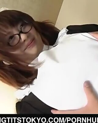 Sukara Kawamine sates her sir with porno