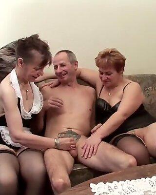 German old Grandpa and Grandpa in privat Amateur Threesome
