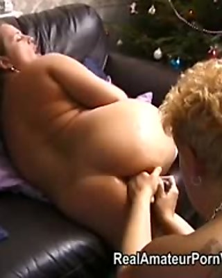 Older chunky housewives toy and assplay