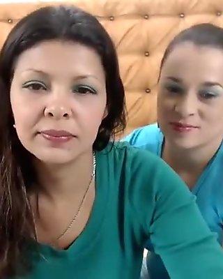 elianykaryna web camera video on 2/2/15 13:19 from chaturbate