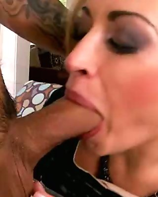 A Lover for Pleasure - Claudia Valentine