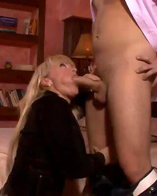 Curvaceous mom sucks a hard dick deepthroat