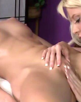 Teen tongue pushes Angela into a lesbian trance to enjoy lesbian pleasure
