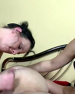 Two german women gets fucked in threesome