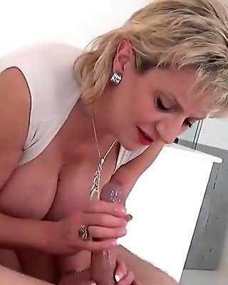 Unfaithful british milf gill ellis reveals her oversized tits