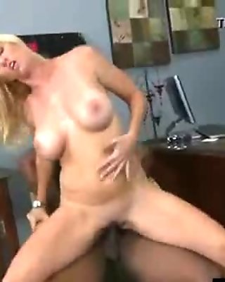 Mixed Sex With Black Huge Dick Ride By Hot Mature Lady (totaly tabitha) clip-27