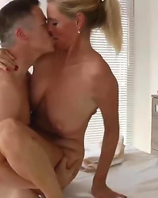 Euro blonde milf gets a hot massage and pussy fucked