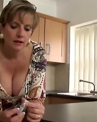 Unfaithful british mature gill ellis exposes her massive tits
