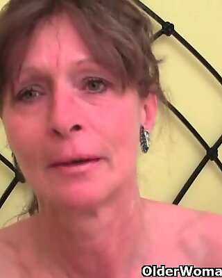 Hairy grandma gets her furry hole fingered