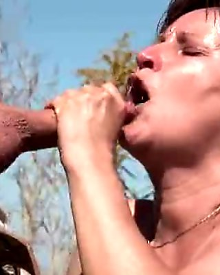 Hairy mature slut gets her pussy fucked part4