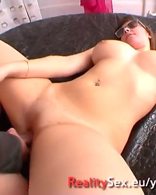 Just 18 years for her first porno ! French amateur