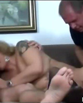 Mature Swingers Sex Party
