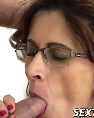 Mature lady rides hard dick like a pro in various sex poses